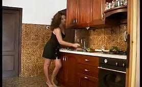 La casalinga vogliosa vuole sempre scopare